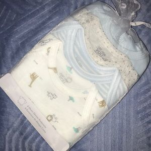 💜🆕👶 Carter's 4 Pack Infant 6 mo. Onesies